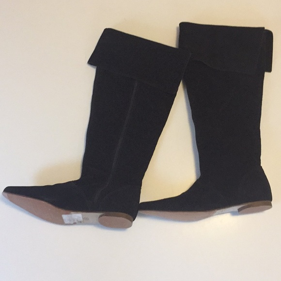 Saks Fifth Ave Knee High Suede Boots 6